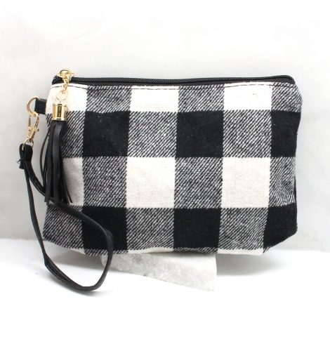 Buffalo Check Pouch & Wirstlet