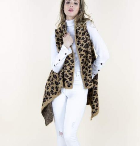 A photo of the Cheetah Eyelash Vest product