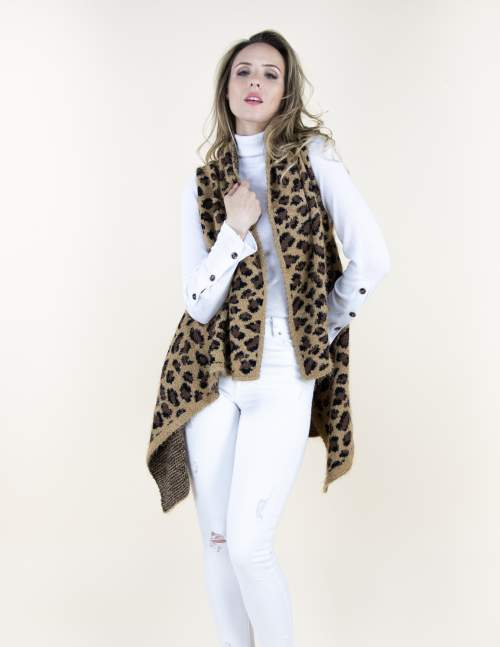 A photo of the Cheetah Eyelash Vest product