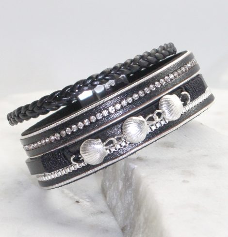 A photo of the In the Sand Bracelet in White product