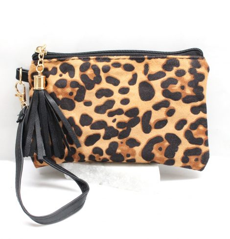 A photo of the Leopard Wristlet product