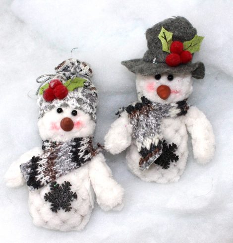 A photo of the Lovely Snowmen product