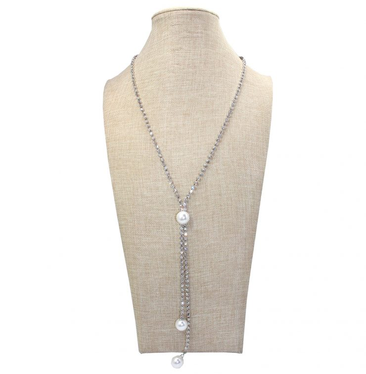 A photo of the Pearla Necklace product