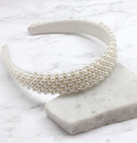A photo of the Pearly Headband product
