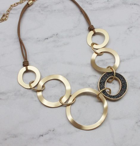 A photo of the Sandra Necklace product