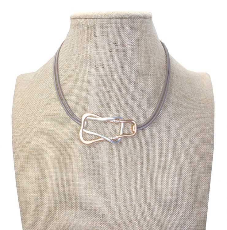 A photo of the Tangled Necklace product