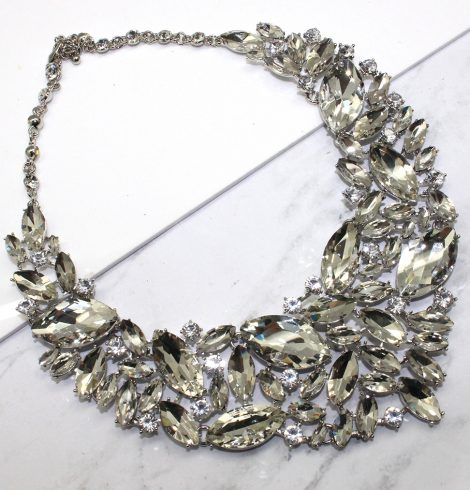 A photo of the Glam Up Necklace product