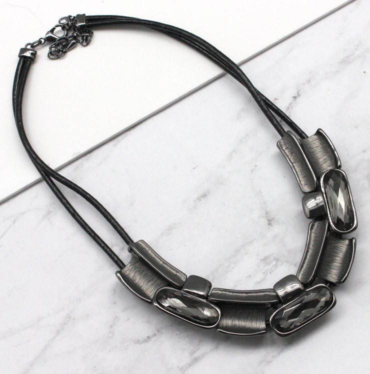 A photo of the Matte Bars Necklace product