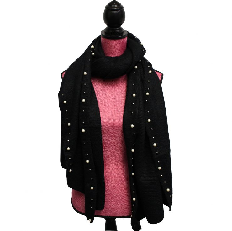 A photo of the Pearl Lined Scarf product