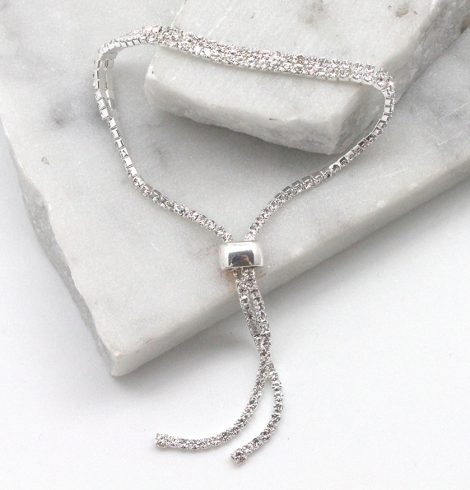 A photo of the Shimmery Bracelet product