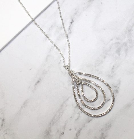 A photo of the Teary Necklace product