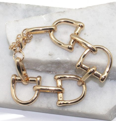 A photo of the Chain Link Bracelet in Silver product
