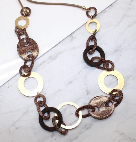 A photo of the Slither Necklace product