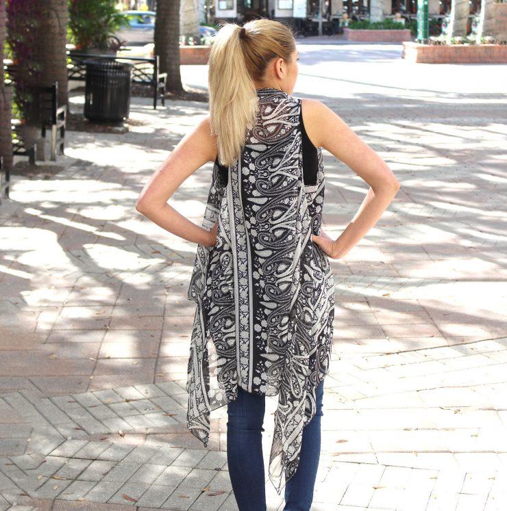A photo of the Black and White Paisley Kimono product