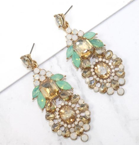 A photo of the London Earrings product