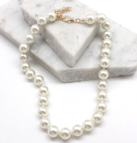 A photo of the Classic Pearl Necklace product