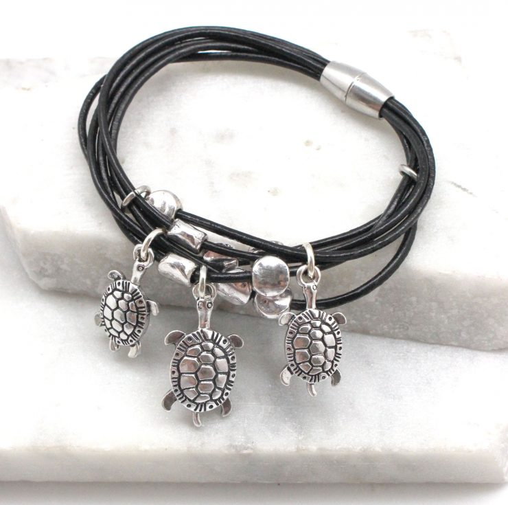 A photo of the Dancing Turtles Bracelet product