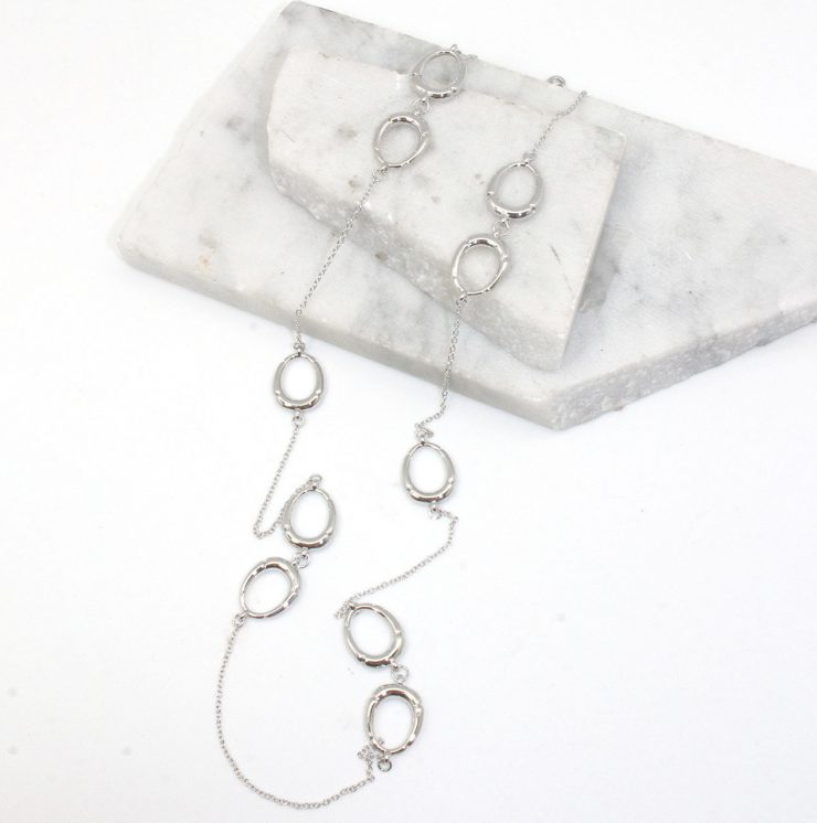 A photo of the Kait Necklace product