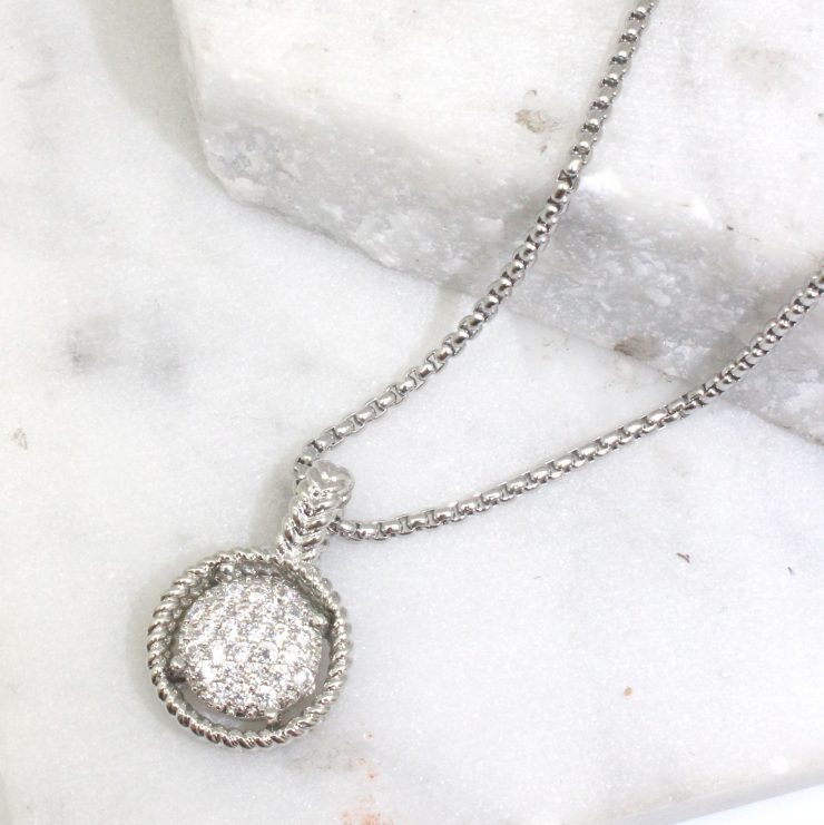 A photo of the Ria Necklace product