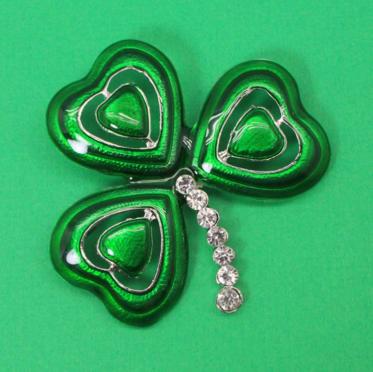 A photo of the Shamrock Pin product