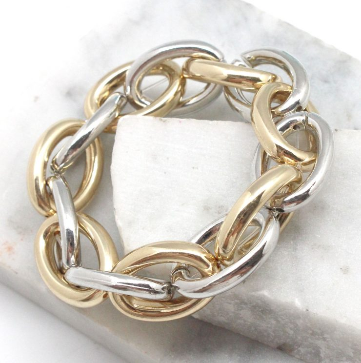 A photo of the Simple Link Stretch Bracelet product