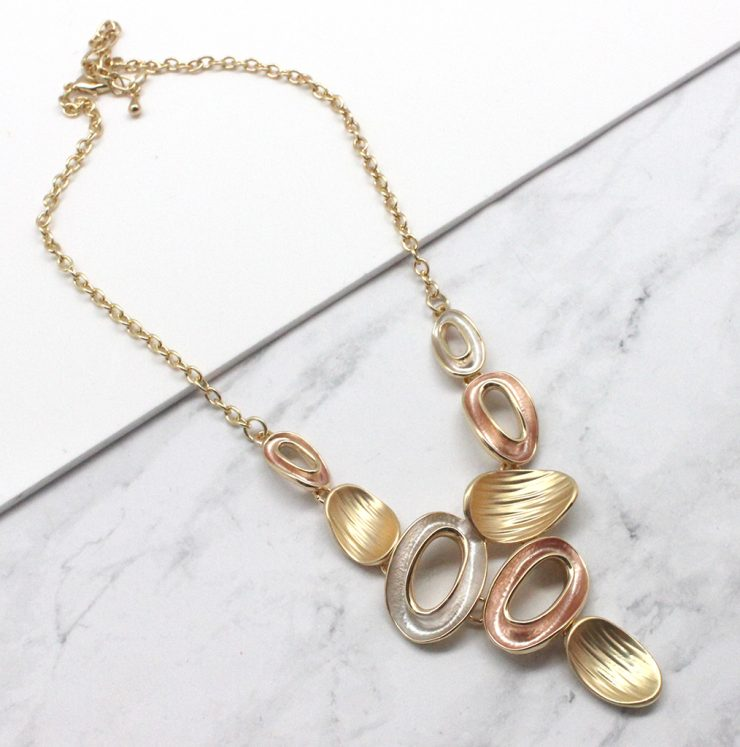A photo of the Bunch Necklace product