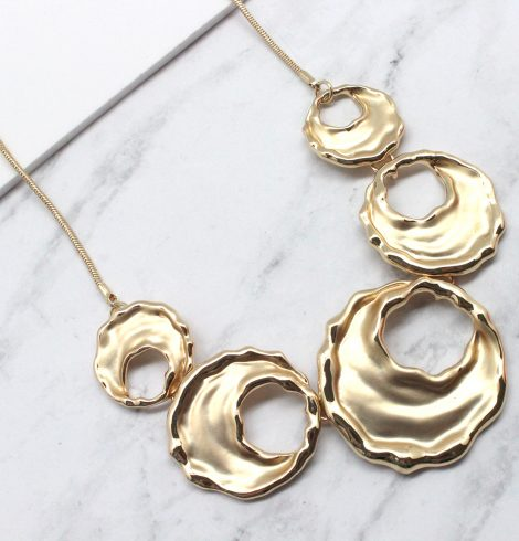 A photo of the Ruthie Necklace product