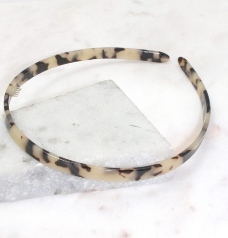 A photo of the Tortoiseshell Headband product