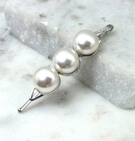 A photo of the Pearl Hair Pin product