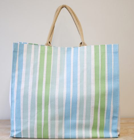 A photo of the Aruba Carryall Tote product