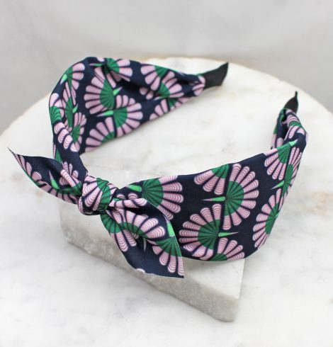 A photo of the Delilah Headband product