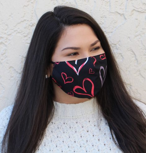 A photo of the Lovely Heart Face Mask In Black product