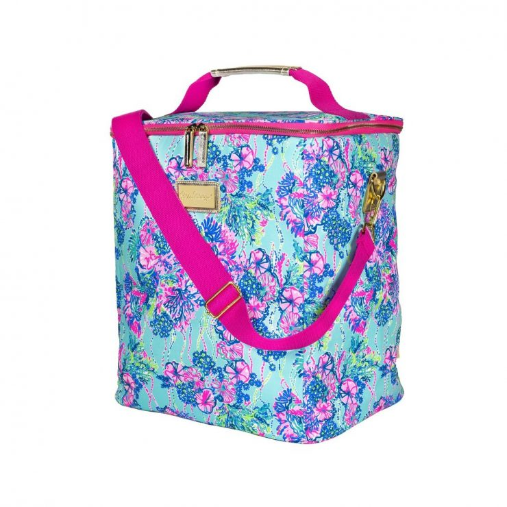 A photo of the Lilly Pulitzer Wine Carrier In Beach You To It product