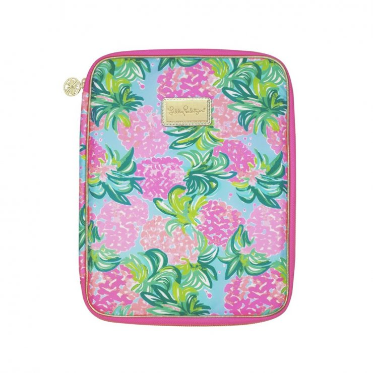 A photo of the Lilly Pulitzer Folio In Pineapple Shake product