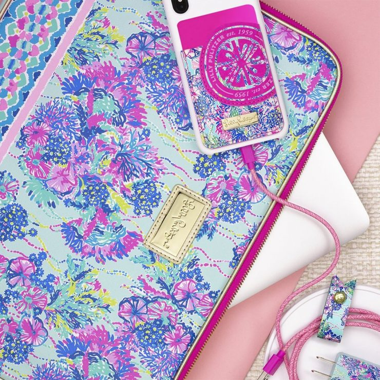 A photo of the Lilly Pulitzer Tech Pocket In Beach You To It product
