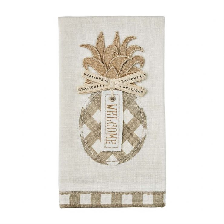 A photo of the Welcome Pineapple Towel product
