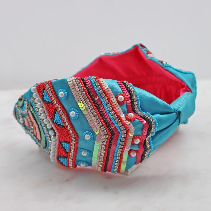 A photo of the Turquoise Beaded Headband product