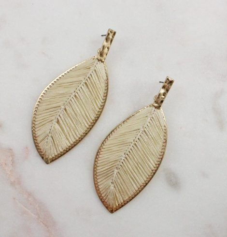 A photo of the Everleigh Earrings In Beige product