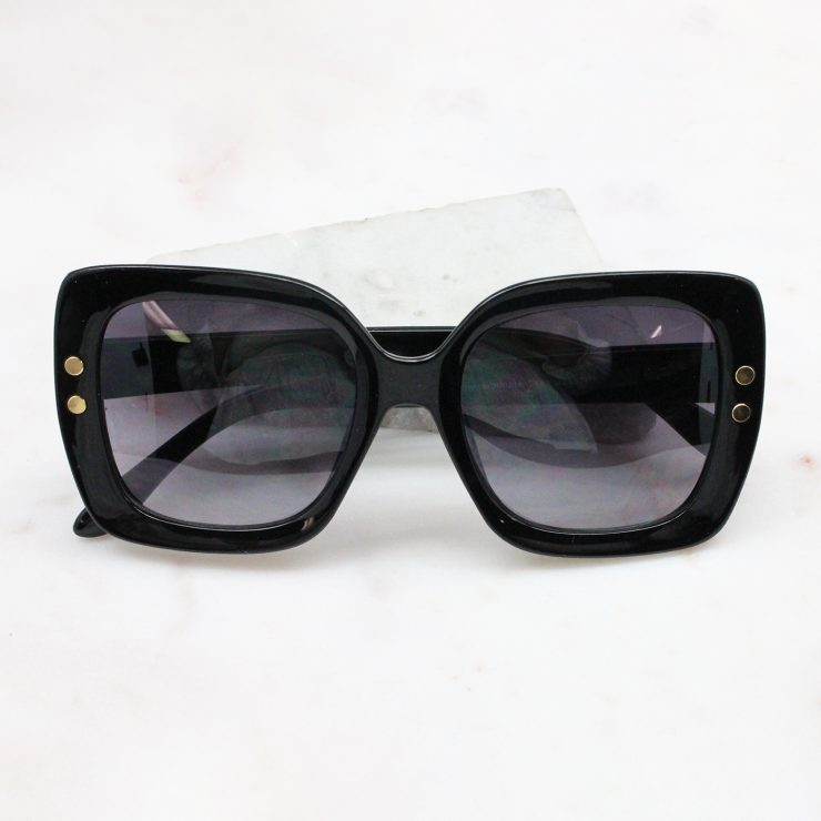 A photo of the Shade Seeker Sunglasses In Black product