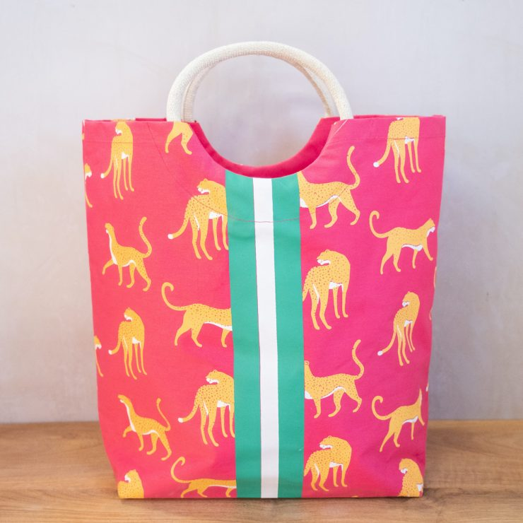 A photo of the Malawi Shore Tote product