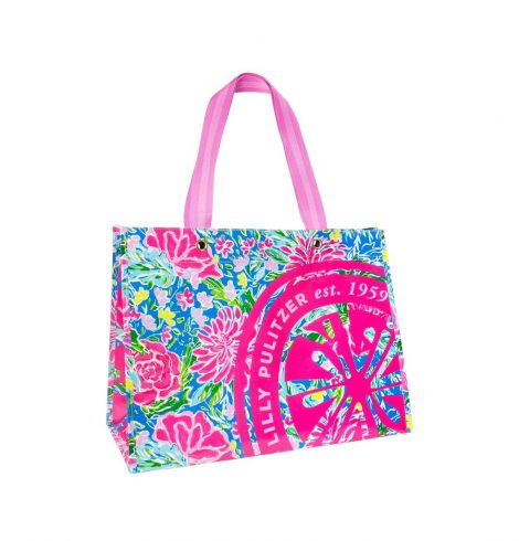 A photo of the Lilly Pulitzer Market Carryall Tote In Bunny Business product
