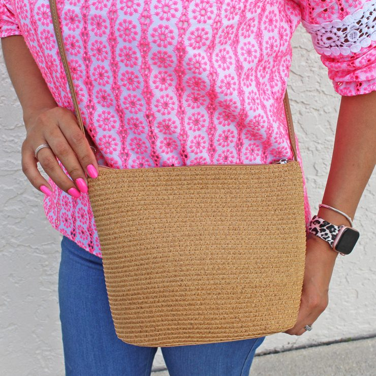 A photo of the Straw Handbag In Natural product