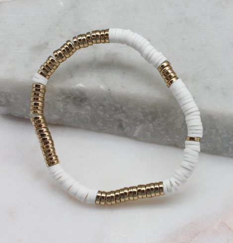 A photo of the White & Gold Beaded Bracelet product
