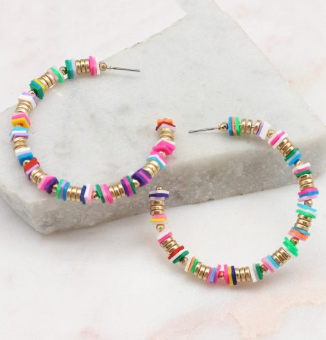 A photo of the Willow Hoop Earrings product